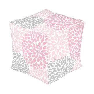Decoración floral de las dalias grises rosadas, pouf