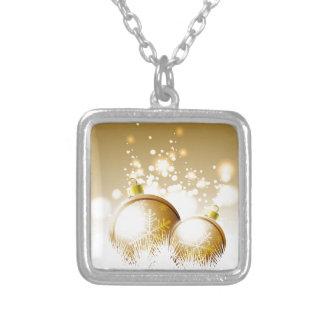 Decoración marrón de oro del Año Nuevo con nieve Collar Plateado