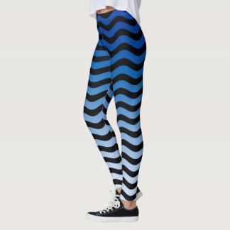 Decoración ondulada de las rayas de las leggings