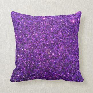 ¡Decoración púrpura del hogar de la almohada de