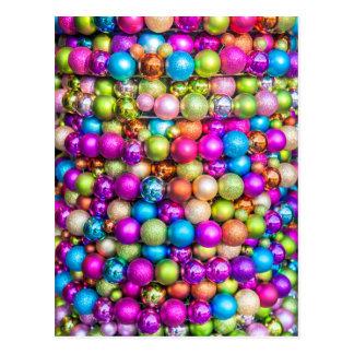 Decoraciones multicoloras de la bola de cristal postal