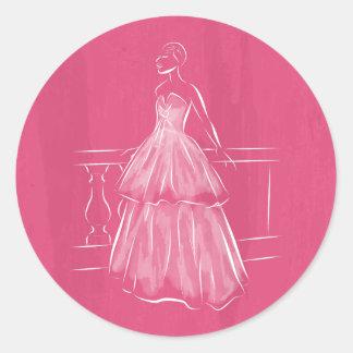 Del blanco vestido negativo del espacio hacia pegatina redonda