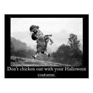 Del pollo postal de Halloween hacia fuera