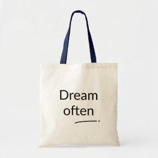Del sueño bolso a menudo