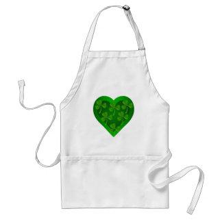 Delantal Corazón verde con los tréboles