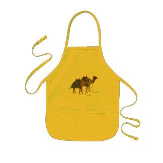 Delantal Infantil Camellos en el desierto