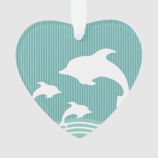 Delfínes azules del trullo en el modelo del juego adorno