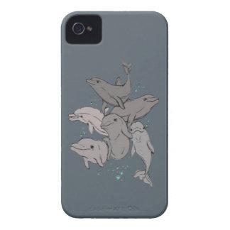 Delfínes juguetones funda para iPhone 4 de Case-Mate