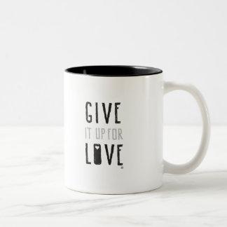 Délo para arriba para el amor (la taza) taza de café de dos colores