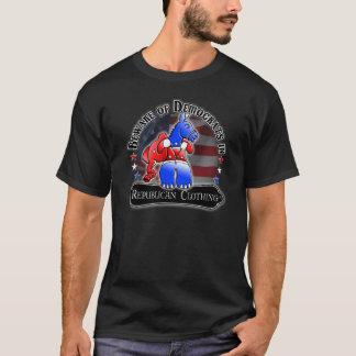 Demócrata contra la camiseta republicana del