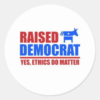 Demócrata criado. Los éticas importan sí Pegatina Redonda
