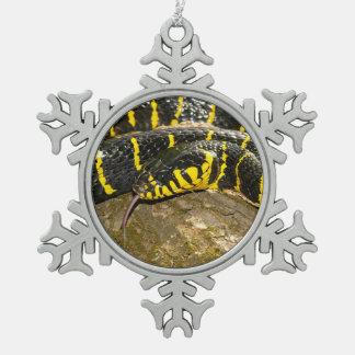 Dendrophila de Boiga o serpiente del mangle Adorno De Peltre En Forma De Copo De Nieve