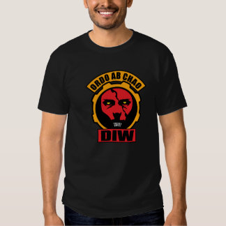 Departamento de guerra irregular camisas
