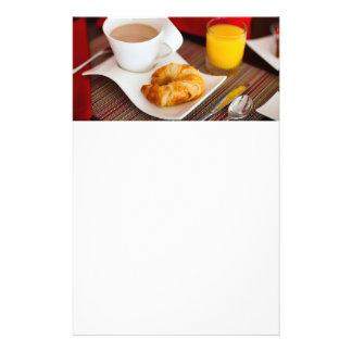 Desayuno delicioso folleto 14 x 21,6 cm