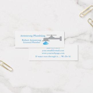 Descenso del agua del grifo del fontanero tarjeta de visita mini
