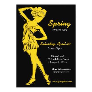 Desfile de moda (oro) invitación 12,7 x 17,8 cm