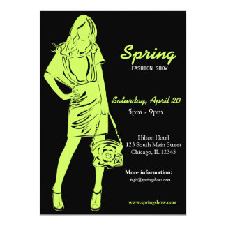 Desfile de moda (verde verde oliva oscuro) invitación 12,7 x 17,8 cm