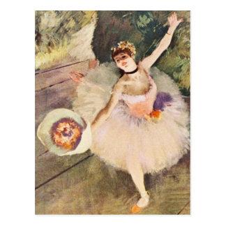 Desgasifique a la bailarina con el ramo de flores postal