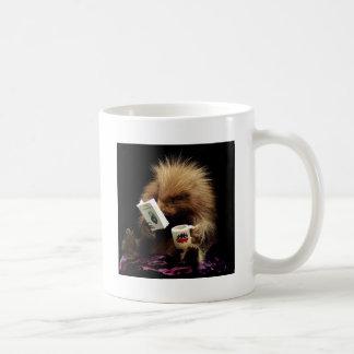 Desobediencia civil de la mascota libertaria del taza de café