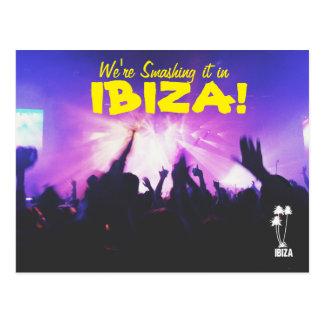 Destrozo de él en la postal de Ibiza