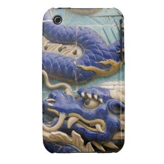 Detalle del dragón de cerámica en el dragón carcasa para iPhone 3
