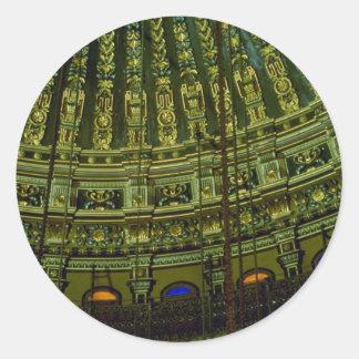 Detalles hermosos del techo dentro del mosqu pegatina redonda