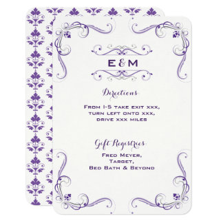 Detalles púrpuras y grises de la invitación de