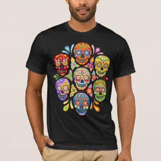 Día colorido de la camisa muerta de los cráneos