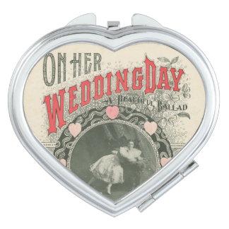 Día de boda - espejo compacto del corazón
