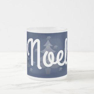 Día de fiesta azul lindo del navidad blanco taza de cristal esmerilado