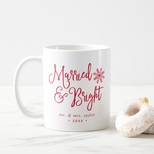 Día de fiesta casado y brillante del recién casado taza de café