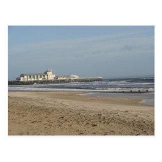 Día de invierno en la playa de Bournemouth Postal
