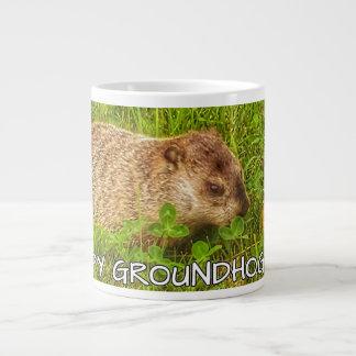 ¡Día de la marmota de lúpulo! taza