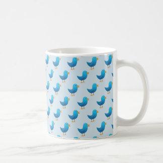 Día de la taza de café del pájaro del pío