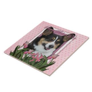 Día de madres - tulipanes rosados - Corgi - Owen Teja Cerámica