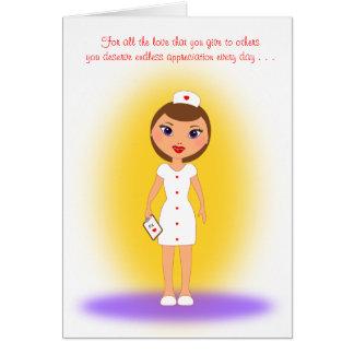 Día feliz de las enfermeras a una enfermera de tarjeta pequeña