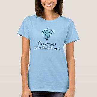 diamante en una camisa del mundo del diamante