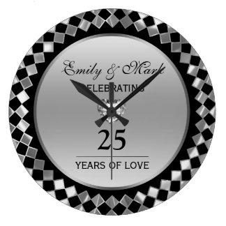 Diamantes de plata y aniversario del corazón 25to reloj redondo grande