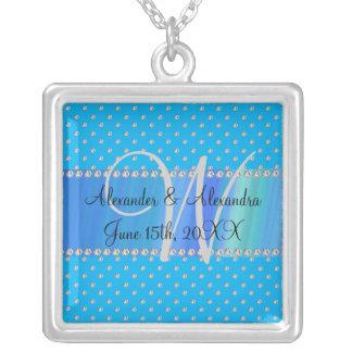 Diamantes del azul de cielo del monograma del boda collares personalizados