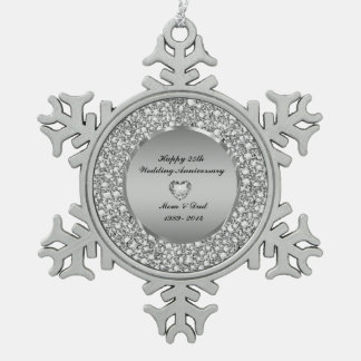 Diamantes y 25to aniversario de boda de la plata adorno de peltre en forma de copo de nieve