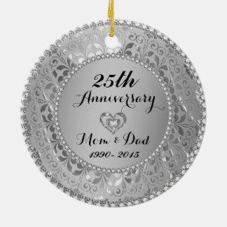 Diamantes y 25to aniversario de boda de la plata ornamentos de navidad