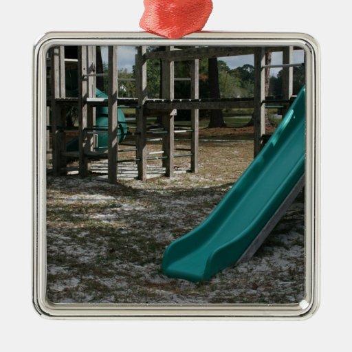 Diapositiva verde del patio, gimnasio de madera de adorno para ...