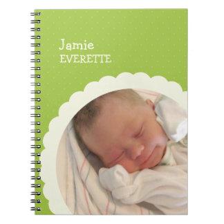 Diario de encargo de la foto del punto del bebé de libros de apuntes con espiral
