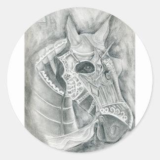 Dibujo acorazado del caballo pegatina redonda