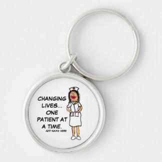 Dibujo animado cambiante de la enfermera de la vid llavero redondo plateado