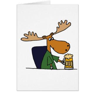 Dibujo animado de consumición de la cerveza de los tarjeta de felicitación
