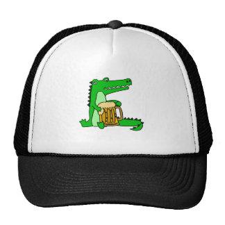 Dibujo animado de consumición de la cerveza del gorra