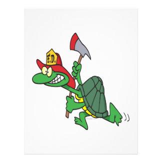 dibujo animado divertido de la tortuga del bombero tarjetón