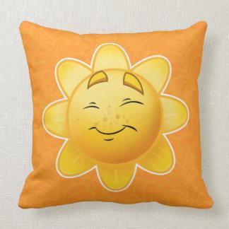 Dibujo animado lindo de la almohada del sol