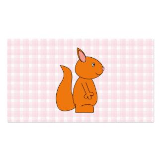 Dibujo animado lindo de la ardilla roja en control tarjetas de visita